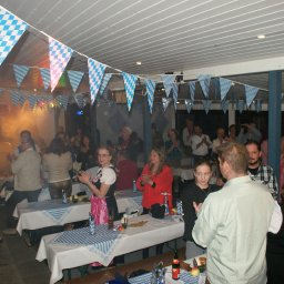 Gert Emig in Schönnen/Odw beim Fest von Gert & Erna